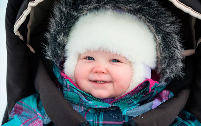 Как ухаживать за кожей ребенка зимой