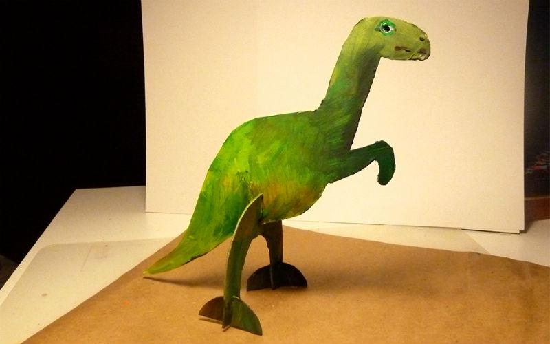 Мастер-класс: делаем фигурку динозавра из картонаМастер-класс: делаем фигурку динозавра из картона